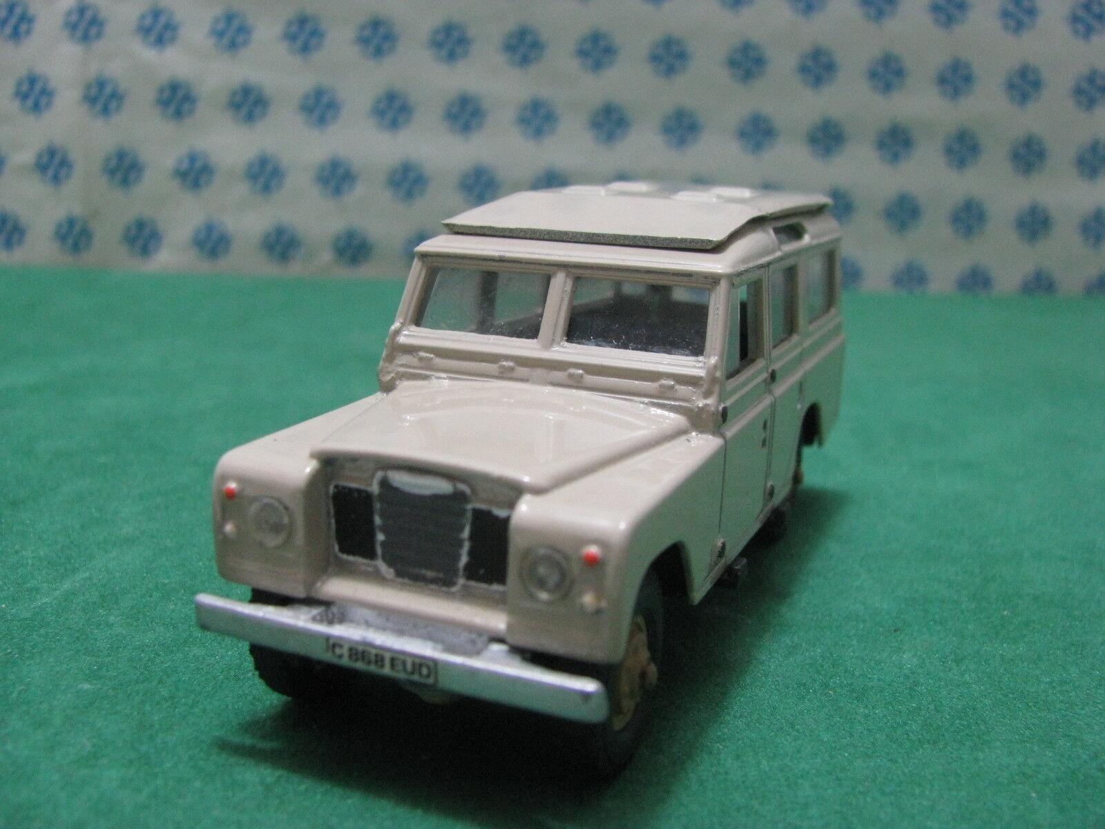 Vintage  -  LAND ROVER 109  - 1 43  Solido Ref. 56