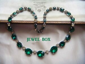 EARLIER-VINTAGE-Large-Grad-Emerald-Crystal-Clear-Rhinestone-RIVIERE-NECKLACE