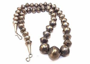 GORGEOUS-Vtg-NAVAJO-Modernist-Sterling-Silver-HANDMADE-Tapered-BEADED-Necklace