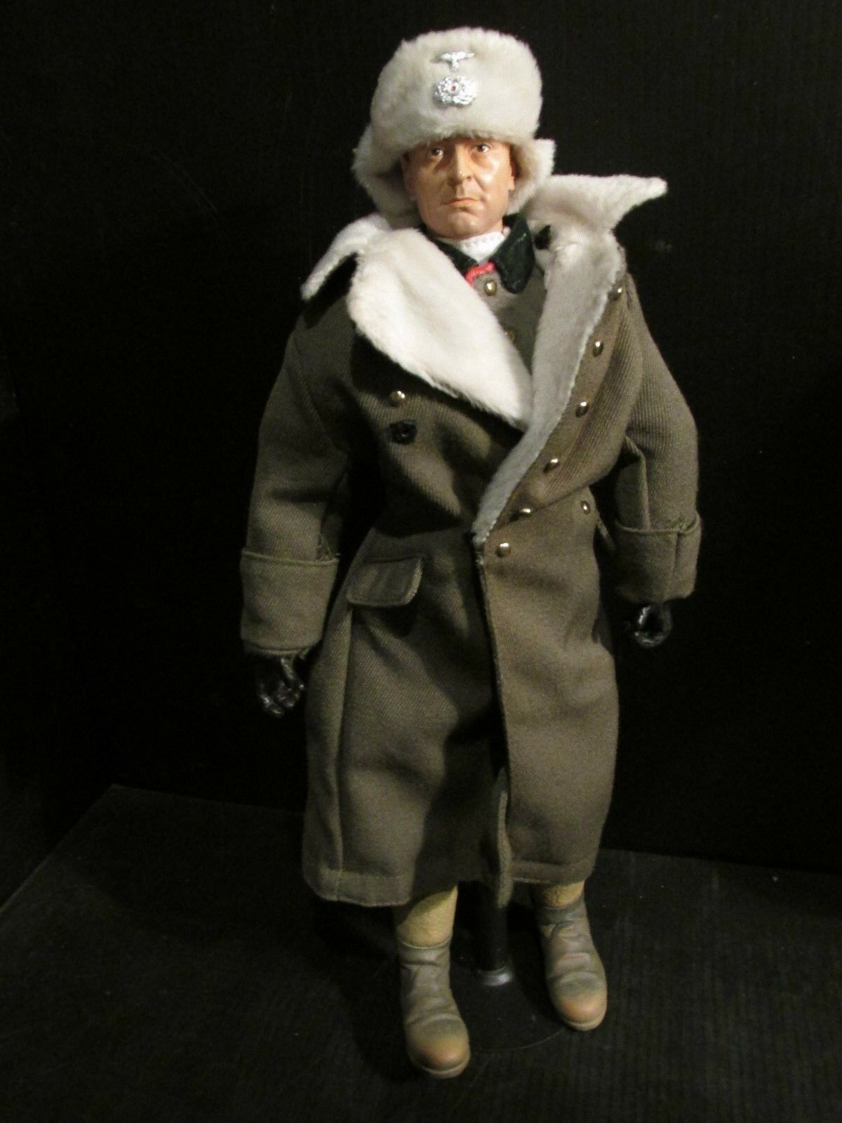 DRAGON DiD.CO 1 6TH scale figure WW 11  GERMAN FIELD MARSHALL (B)