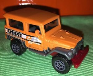 Matchbox-1968-Toyota-Land-Cruiser-FJ40-Orange-New-Fresh-From-Pack-1-64-Die-Cast