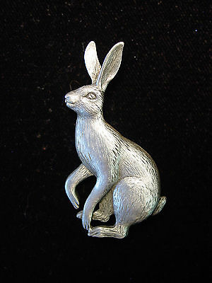 """""""JJ"""" Jonette Jewelry Silver Pewter 'Hare Looking to JUMP' Pin"""