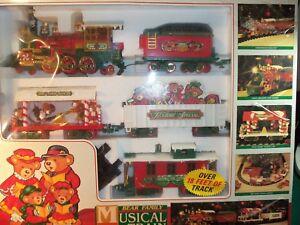 Model Railroads & Trains Vintage Santas Musical Express Bright Holiday Train Set #16141 1 Flaw