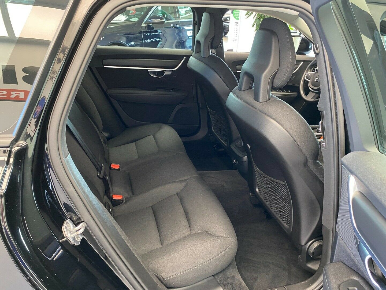 Billede af Volvo V90 2,0 D4 190 Momentum aut.
