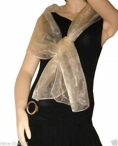 idéal avec robe de soirée BLANC Etole//foulard//chale en organza