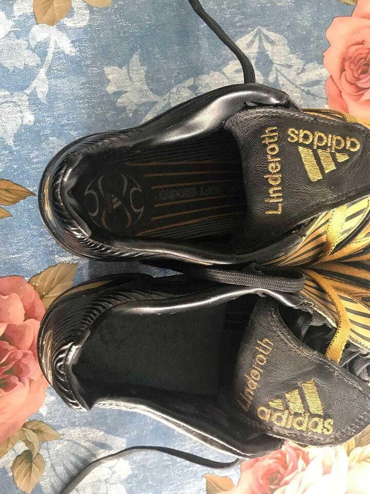 Andre samleobjekter, Fodbold støvler