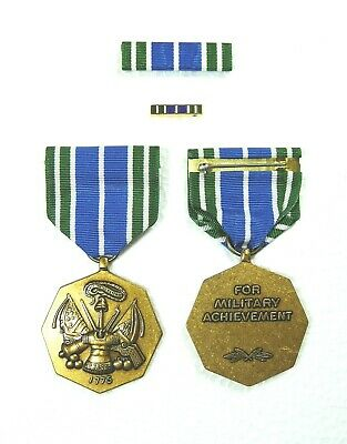 Army Good Conduct Medal Set in Presentation Case U.S