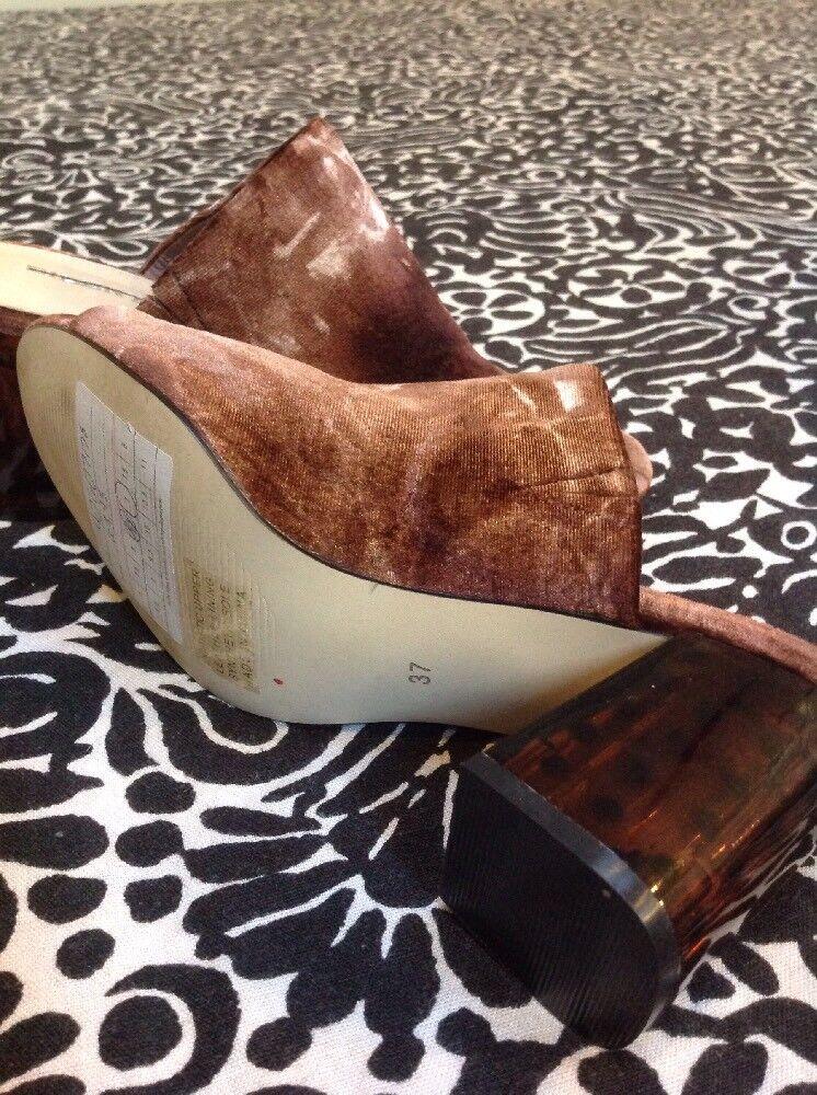 Anthropologie Silent D D D Brown Velvet Mules Sandals Clogs shoes 37 US 7   98.00 627bc7