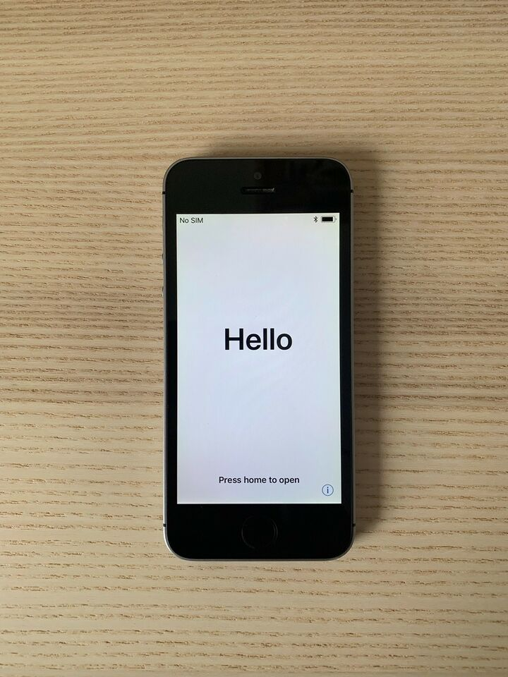 iPhone SE, 16 GB, sort