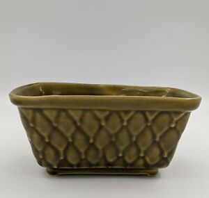 Vintage Green quilted Brush Mc Coy Planter USA 106-6