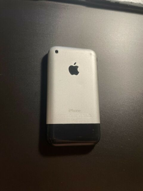 Apple iPhone 1st Generation - 16GB - Black (Unlocked) A1203 (GSM)
