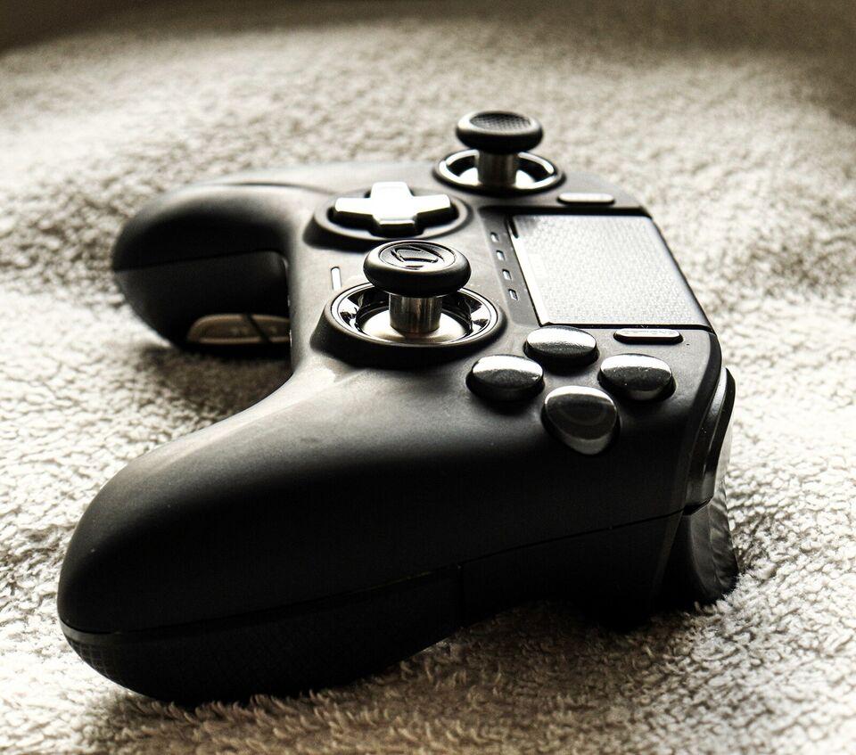Playstation 4 Pro, Nacon Revolution PRO Unlimited ! ,