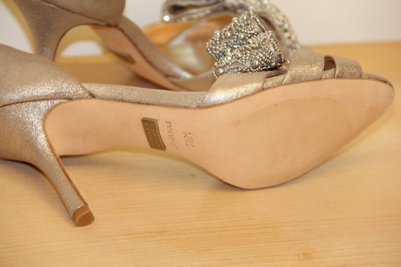 NIB Badgley Mischka VITA Leather Dress Pumps Pumps Pumps High Heels Platinum Sz 7.5 bf2345