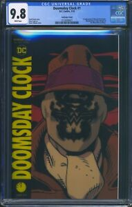 Doomsday-Clock-1-DC-CGC-9-8-White-Pages-Lenticular-Variant-Cover