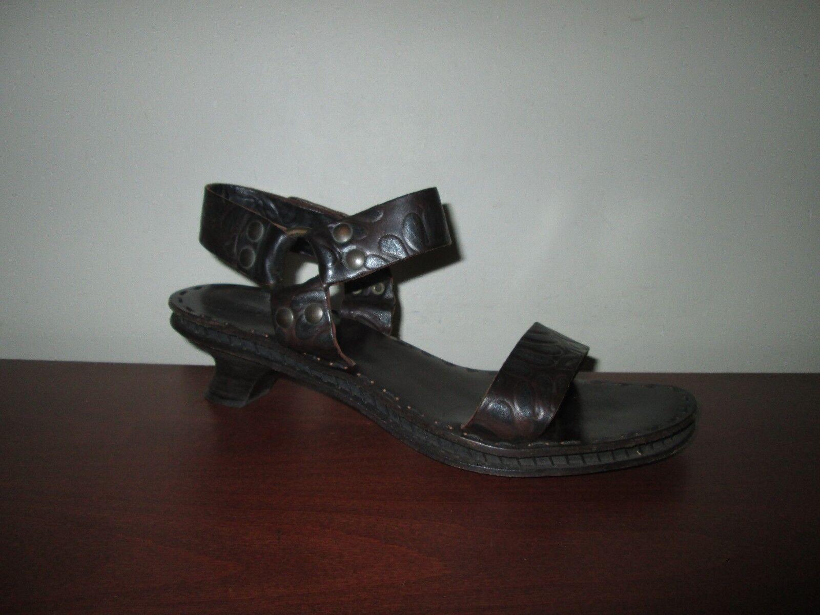 FENDI Brown Floral Embossed Leather Ankle-Strap Medium Heel Sandals Sz Sz Sz 40 ITALY ef4fe5