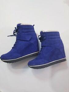 KOOLABURRA-Snow-Jog-Suede-Wedge-Womens-Boot-Sz-6-Sapphire-Blue-NEW-330