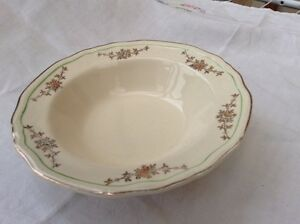 Alfred Meakin post 1945 dessert bowl 7034 gold swags Green ring off edge MEA278 - <span itemprop=availableAtOrFrom>Market Rasen, United Kingdom</span> - Alfred Meakin post 1945 dessert bowl 7034 gold swags Green ring off edge MEA278 - Market Rasen, United Kingdom