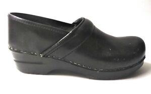 Sanita-Danish-clogs-black-Studded-Womens-Sz-EUR-40-US-9