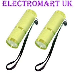 2 X 9 LED ULTRA BRIGHT GLOW IN THE DARK YELLOW TORCHES INCLUDING BATTERIES