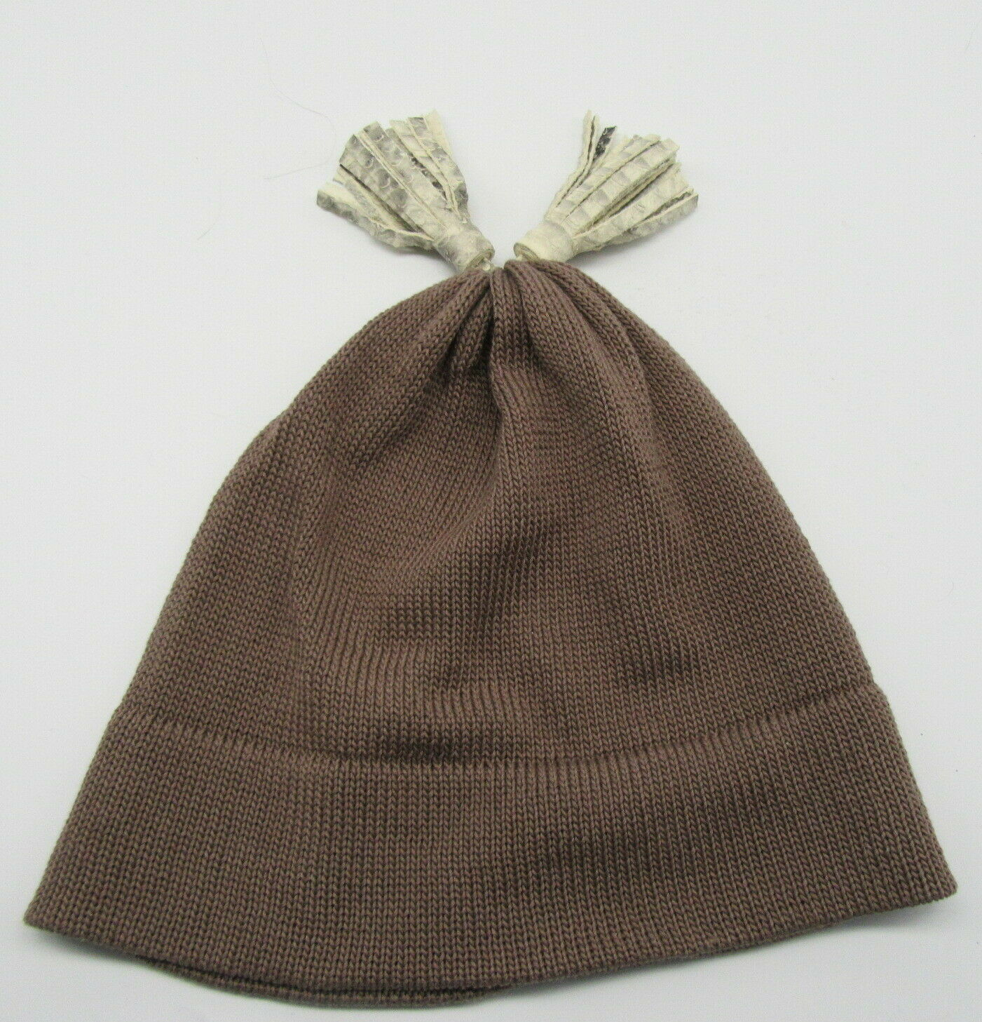PATRICIA UNDERWOOD KNITS taupe beanie hat with ta… - image 4