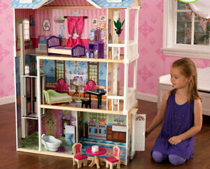 Dream Doll Barbie House Wooden Vintage Furniture and Accessories Kids Games