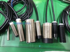 1PC New schneider Proximity Switch XS1N30PA349  free shipping