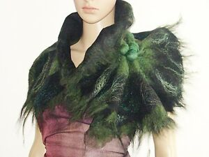 Wool-Scarf-Neckpiece-Collar-Black-amp-Green-Felted-Wool-Scarf-Wearable-Art-Pleas