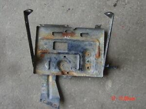 91 95 jeep wrangler battery tray yj hold down bracket mount yj ebay 94 Jeep Wrangler Lift Kit image is loading 91 95 jeep wrangler battery tray yj hold