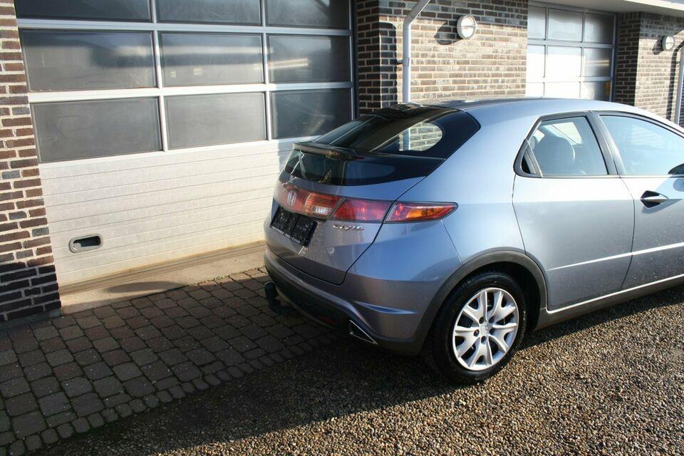 Honda Civic 1,8 Sport i-Shift Benzin aut. Automatgear