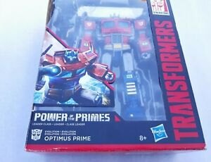 "TRANSFORMERS Power of the Primes ""OPTIMUS PRIME"""