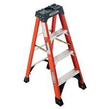 Werner Step Ladder 4 Ft Fiberglass 300 Lbs Load Capacity 8 Ft Reach Height