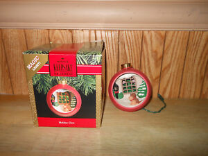 "Hallmark Keepsake Magic Light Christmas Ornament ""Holiday Glow"""