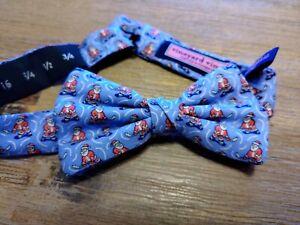 New Vineyard Vines Boys Santa Hockey Christmas Bow Tie Clip On Adjustable 191620365621 Ebay