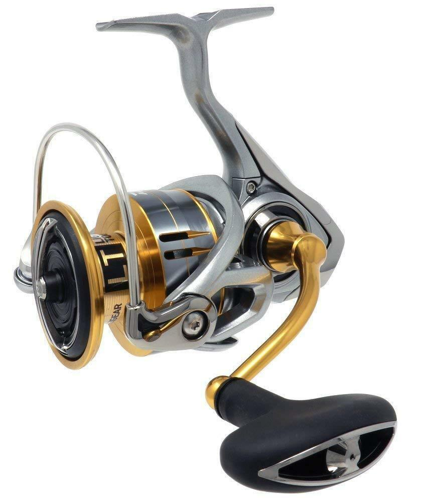 Daiwa 18 FREAMS LT5000D-C Spinning Reel LIGHT TOUGH MAGSEELD ATD in New in ATD Box a2eee4