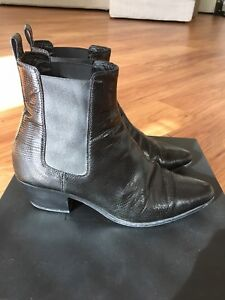 57a1d15cd7e Saint Laurent SLP YSL Chelsea Dakota Boots Stamped Lizard 35 Black ...