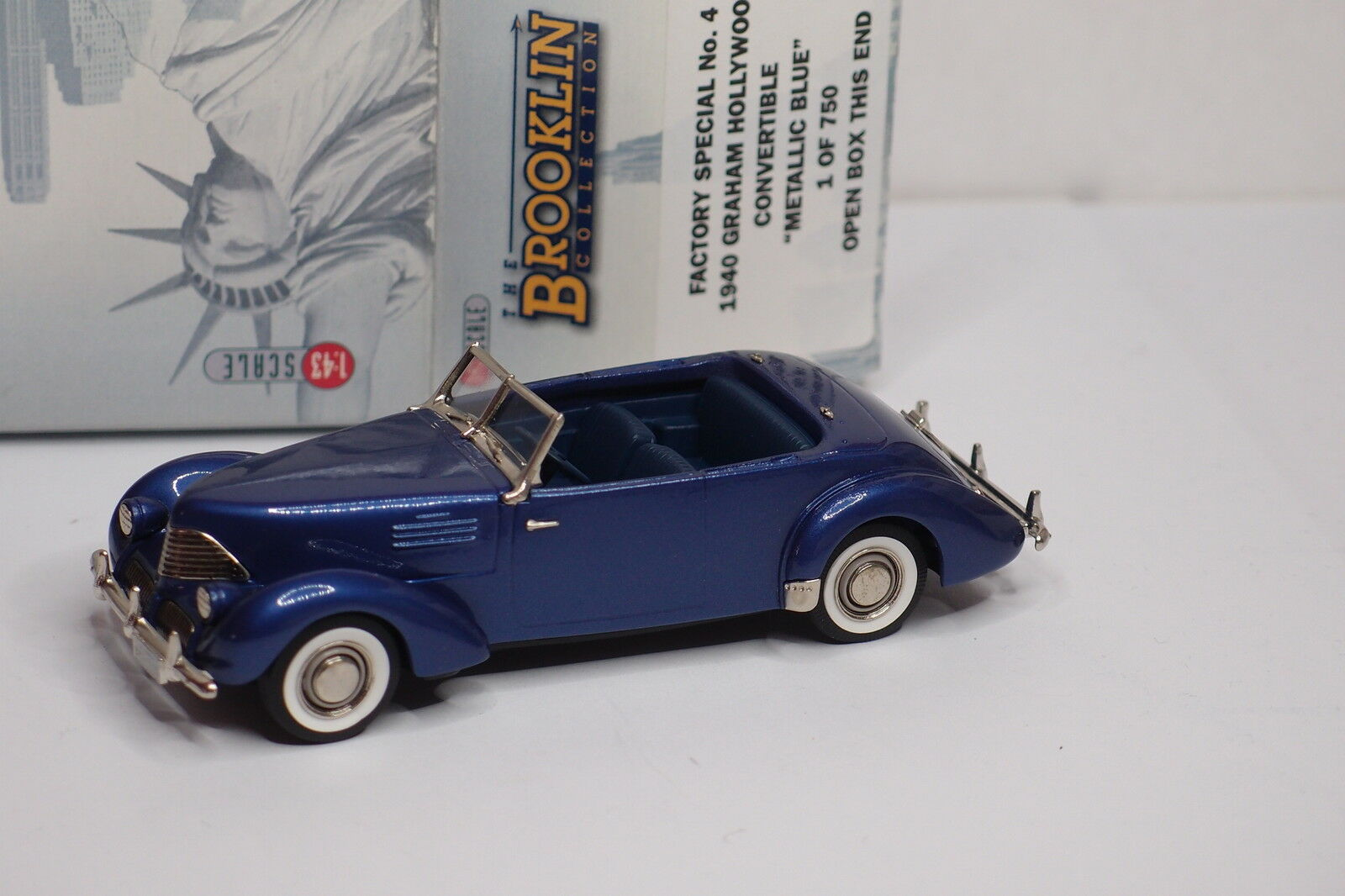 BROOKLIN FACTORY SPECIAL  4 1940 GRAHAM HOLLYWOOD CONVERTIBLE METAL bleu 1  43