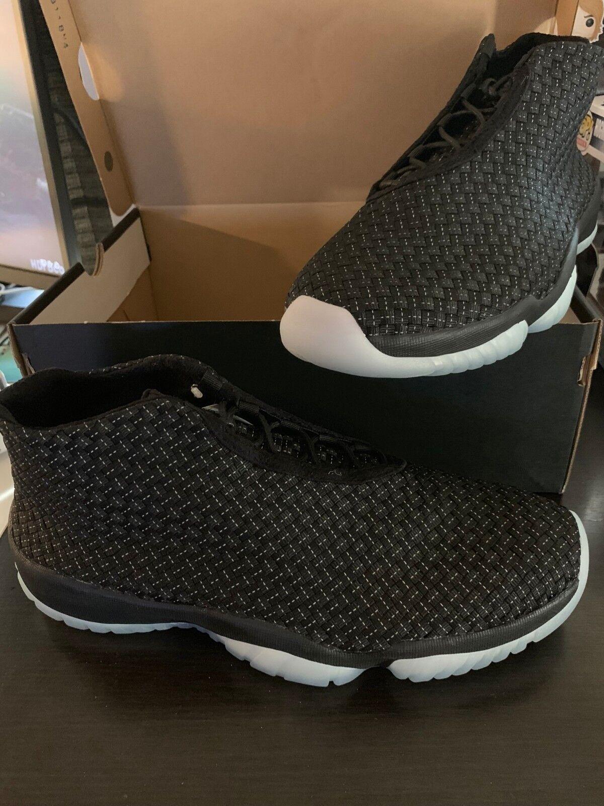 Nike Air Max 90 Ultra 2. 0 Essential Glow In The Dark Black Mint Foam 875695 009 Mens Shoes Sportswear 875695 009