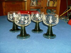 Crystal-Wine-Glasses-Green-Stems-Etched-Decorative-Grapes-amp-Leaves-on-4-glasses