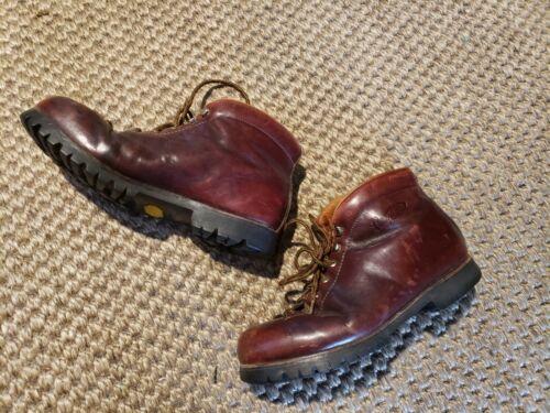 Vintage Vasque Women's vibram Leather Hiking Boots
