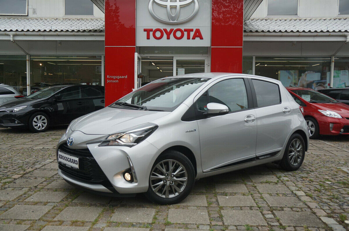 Toyota Yaris 1,5 Hybrid H2 Premium e-CVT 5d - 142.900 kr.