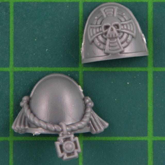 Space Marines Protector Guard Shoulder Armor Pair E Warhammer 40K Bitz 9617