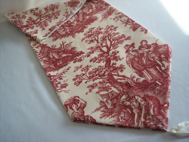 """72/"""" RED ON CREAM~WAVERLY Country Life Toile//Checked~Lined Tablerunner Tassels!"""