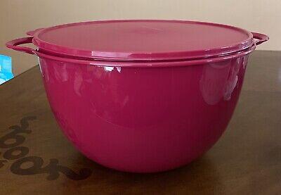 TUPPERWARE PINK JUMBO THATSA BOWL 14 L 59 CUPS  !!!!