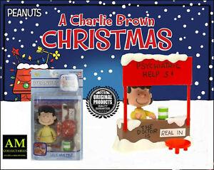 PLAYING-MANTIS-Peanuts-A-Charlie-Brown-Christmas-Lucy-Van-Pelt-Figurine