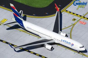 GEMINI-JETS-GJLAN1849-LATAM-AIRLINES-767-300ERW-1-400-SCALE-DIECAST-MODEL