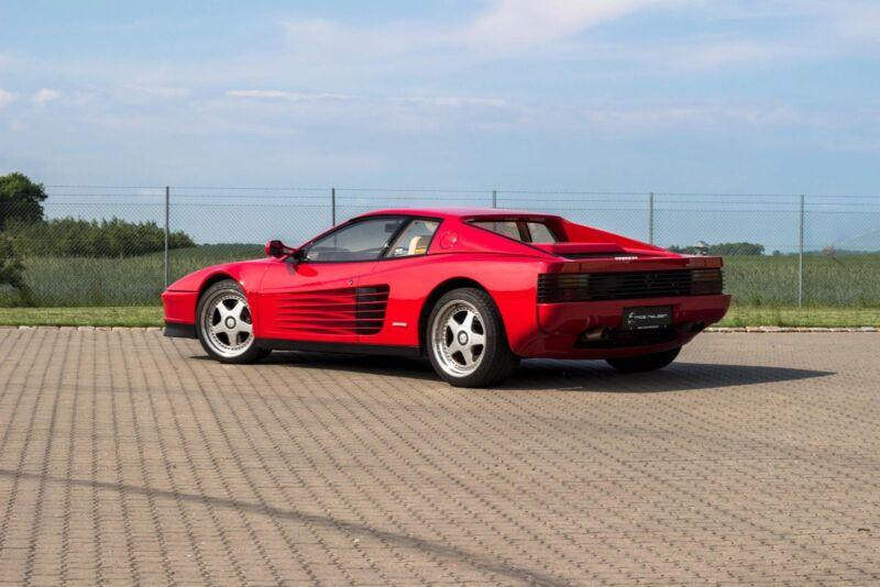 Ferrari Testarossa - 7