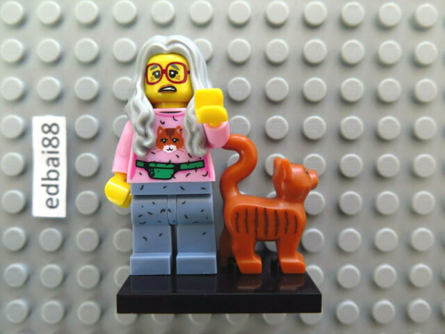LEGO Collectable Minifigures Series The Lego Movie Mrs Scratchen-Post 71004
