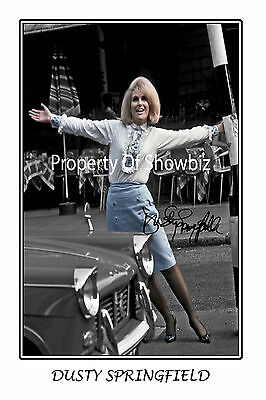 DUSTY SPRINGFIELD AUTOGRAPH SIGNED PHOTO POSTER - GREAT PIECE OF MEMORABILIA