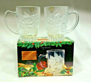 Fifth-Avenue-Crystal-Ltd-Set-of-2-Holly-14-Oz-Mugs-329940-NIB-Handcrafted