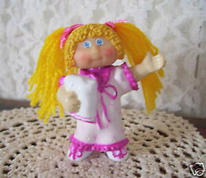 Cabbage-Patch-Kids-Figure-in-Nightgown-1984-CPK